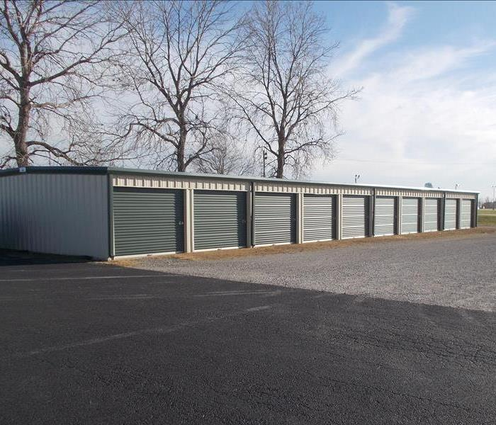 Self-contained storage units